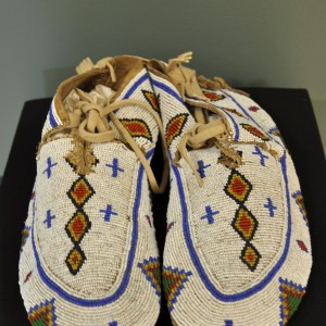 touch_moccassins